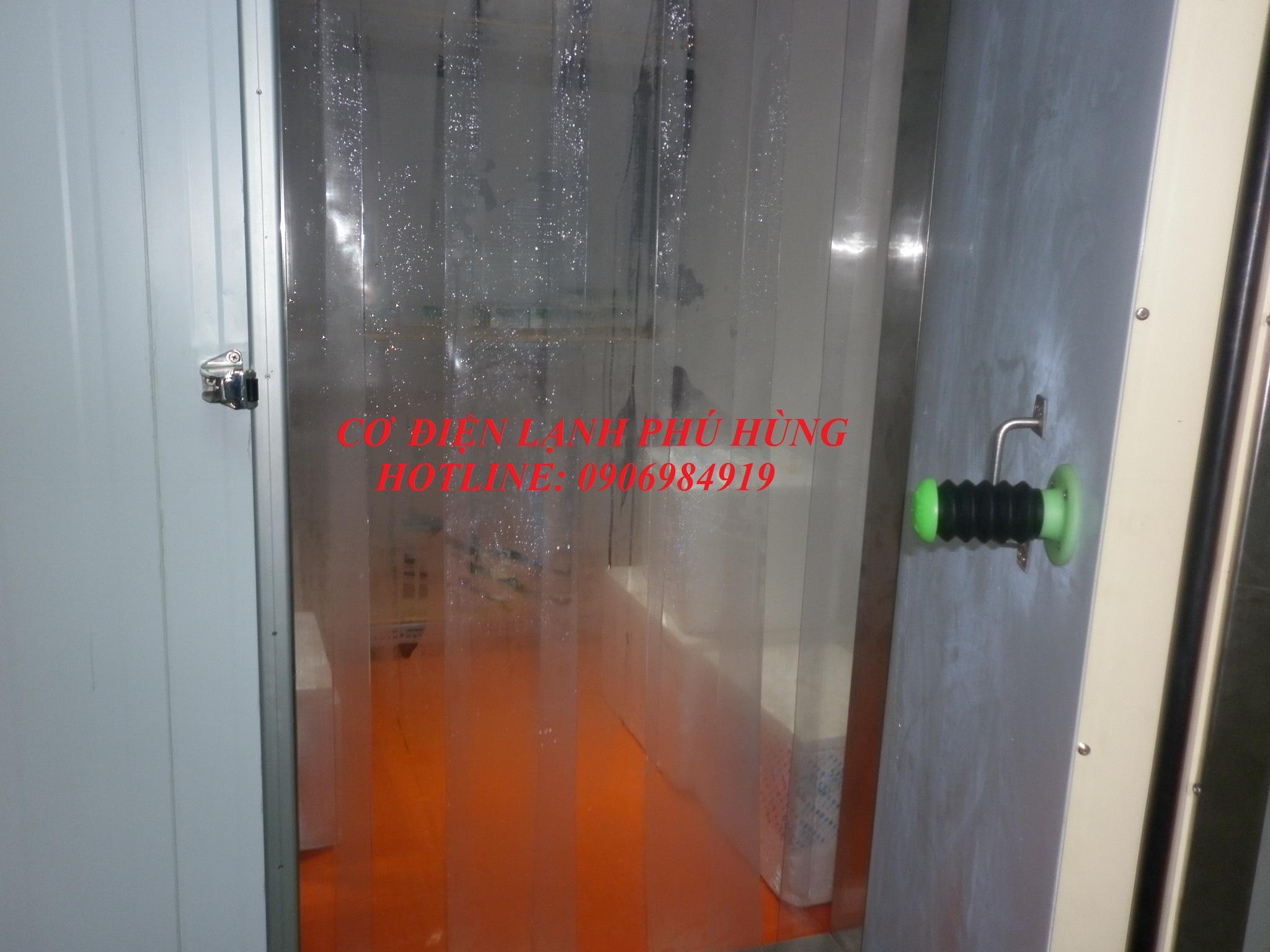 cửa + màn kho lạnh - Kho lạnh bảo quản vaccine - Cty TNHH TM Tân Tiến